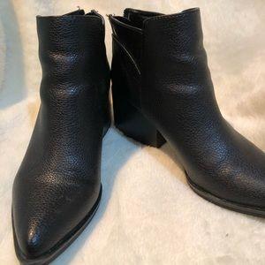 Simply Vera Vera Wang Shoes - Simply Vera Vera Wang Ankle Booties- no flaws